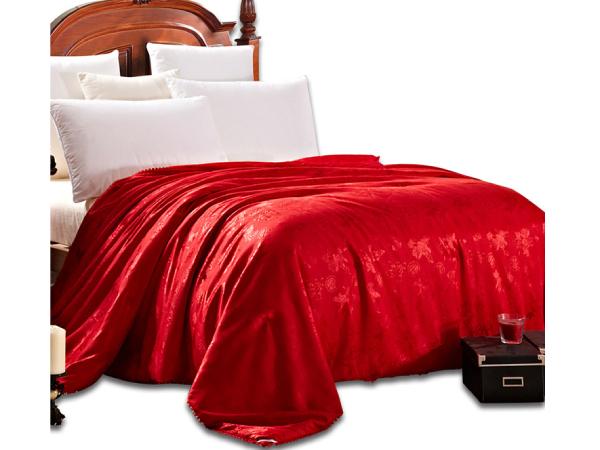结婚一定要红色被子吗-喜庆的红色更具传统意义[常久]