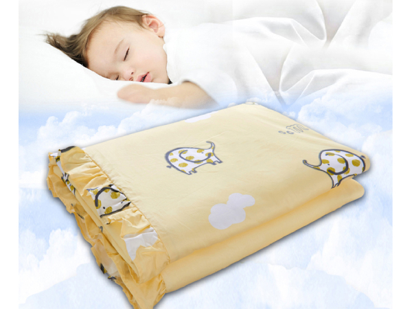 3岁小孩可不可以盖丝棉被-健康床品更能呵护宝宝睡眠[常久]
