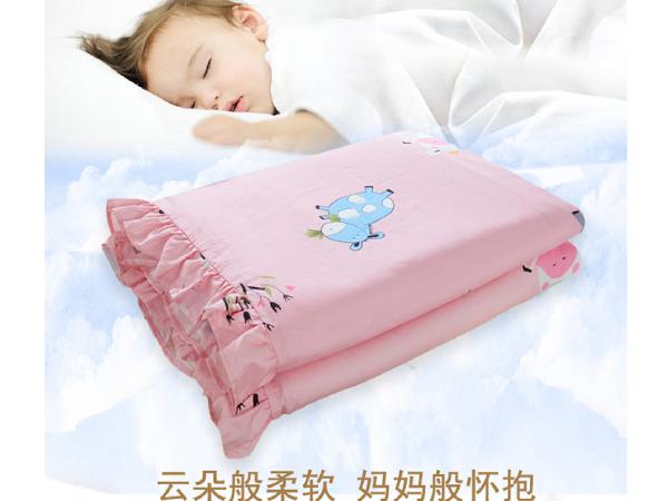 儿童丝棉被好吗-恭喜撒贝宁升级当爸,儿童床品选择要慎重[常久]