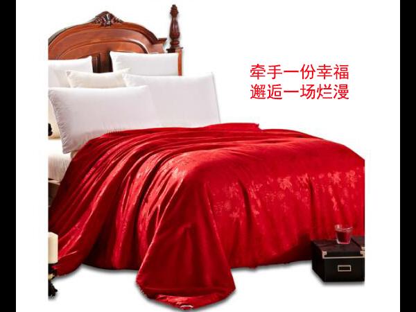 泰兴结婚被子一般买哪种-使用价值高的蚕丝被要选择