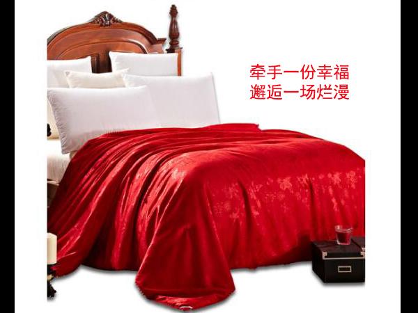 宁波结婚被子-这种材质比较受欢迎[常久]